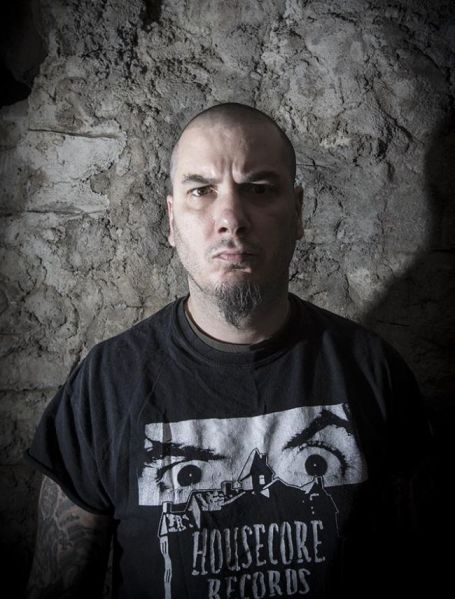 Phil_Anselmo2_fot_Jimmy Hubbard_Season_Of_Mist